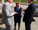 Dr. Milan Zver v pogovoru z županom Brezovice Metodom Ropretom in Marjeto Cotman, nekdanjo ministrico