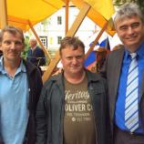 Dr. Milan Zver z veteranoma vojne za Slovenijo v Trebnjem